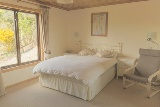 05-bedroom-1